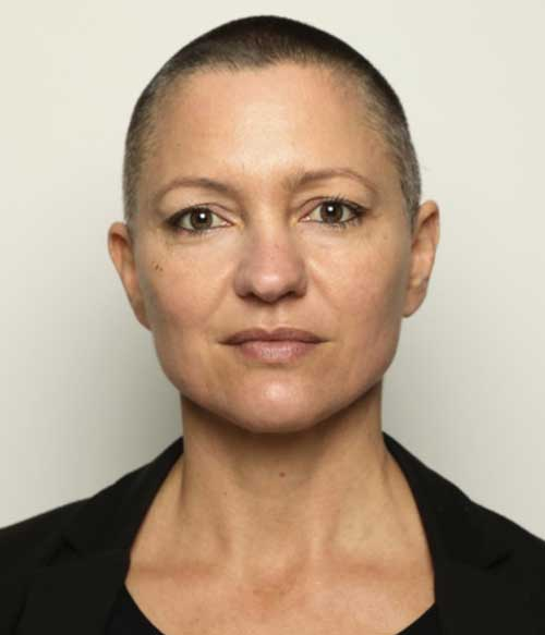 أندريا لوكازيمرمان - رئيسة اللجنة